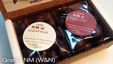 Arabica coffee beans, variety Novo Mundo (NM), W & N roasted and covered with 55% chocolate - 160g